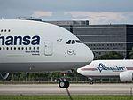 Nose Lufthansa D-AIML A380-841 (29324827394).jpg