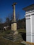 Nové Heřminovy - kříž u kaple Nejsvětější Trojice (1).JPG