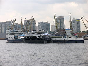 Novaya Zvezda on Khimki Reservoir 8-jun-2012 04.JPG