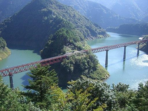 Oku-oi Rainbow Bridge on Oigawa railway
