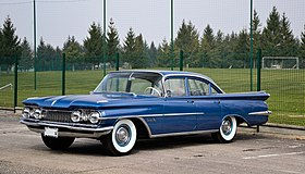 Oldsmobile Super 88 - Flickr - Alexandre Prévot.jpg