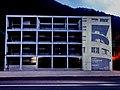 Omaggio a Terragni con la proiezione di Novocomum sulla Ex Casa del Fascio.jpg