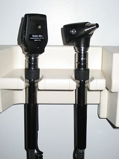 Ophthalmoscope Otoscope08.JPG