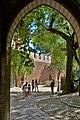 P1170122 una vista del cortile dai portici.jpg