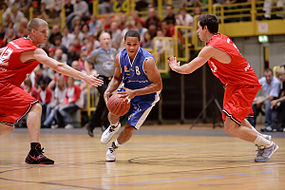 Paderborn Baskets vs. TV Langen 2009.jpg