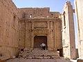 Palmyra (Tadmor), Baal Tempel (37989566984).jpg
