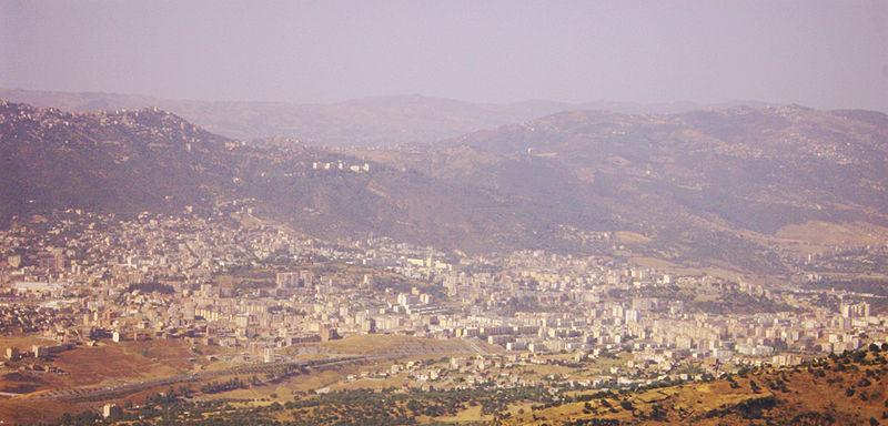 File:Panorama-tizi ouzou.JPG