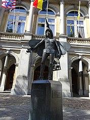 Papagino statue Bruges center 09.jpg