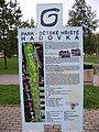 Park - dětské hřiště Hadovka, tabule.jpg