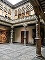 Patio de la Infanta, Zaragoza.jpg