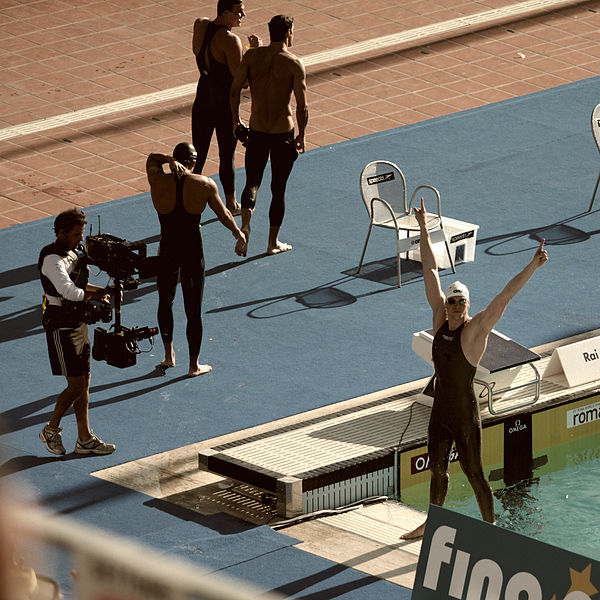 File:Paul Biedermann beats Michael Phelps - 2009 FINA World Championships.jpg