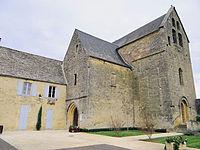 Paulin (Dordogne) - Mairie et église Saint-Pierre-ès-Liens.JPG