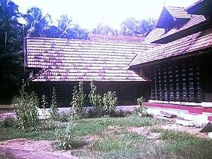 Piravom - Shiva temple at Pazhoor