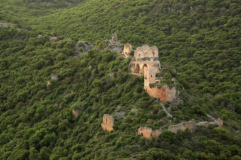 מבצר מונפור