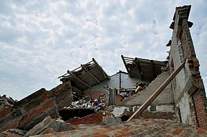 2012 Northern Italy earthquakes - A destroyed house in Cento.
