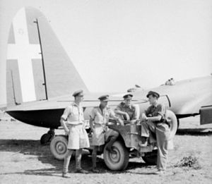 Pilots with Piaggio P.108 at Grottaglie 1943.jpg
