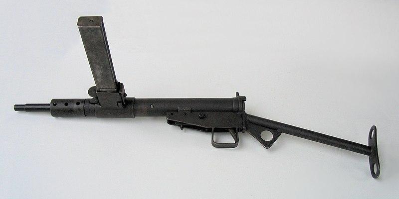 File:Pistolet maszynowy STEN, Muzeum Orła Białego.jpg