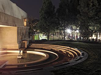 Hollyhock House - Lighted pool and long lines at the re-opening, 2015