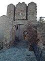 Porta castello di Coriano.jpg