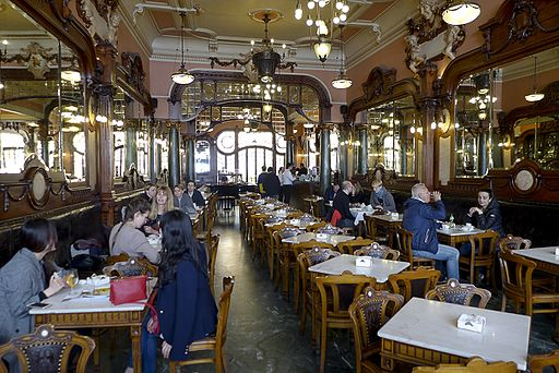 Portugal-Porto-Café Majestic-P1180287 (25798629401)