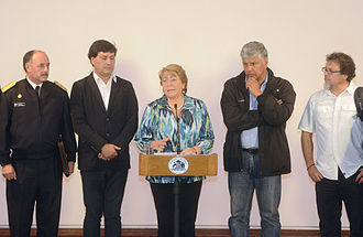 Great Fire of Valparaíso - President Michelle Bachelet during a press conference about the wildfire