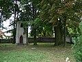 Proszowice-dzwonnica przy kaplicy pw. Św. Trójcy (17.VIII.2007).JPG