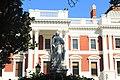 Queen Victoria Statue - Statue de la reine Victoria - تمثال الملكة فيكتوريا photo1.jpg