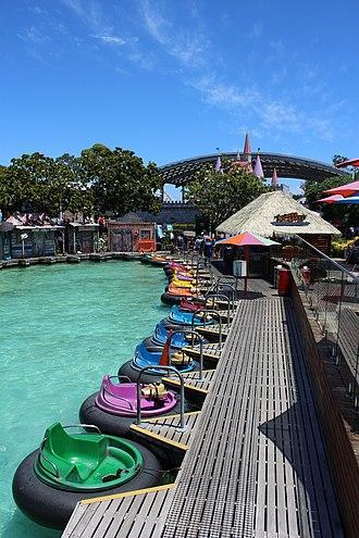 Rainbow's End (theme park) - Rainbow's End Bumper Boats