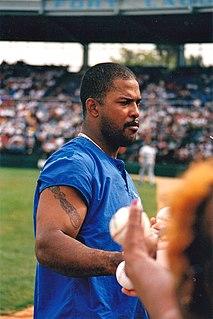 Raúl Mondesí baseball player