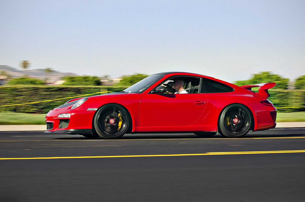 file red porsche 911 gt3 leaving cars and coffee in wikimedia commons. Black Bedroom Furniture Sets. Home Design Ideas