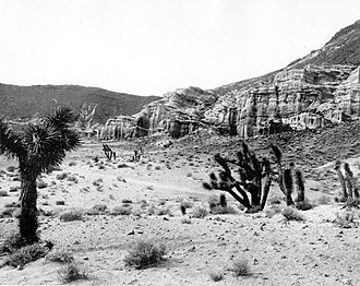 Red Rock Canyon State Park (California) - Image: Red Rock Canyon 1933