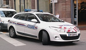Law enforcement in France - Renault Mégane of the Douanes