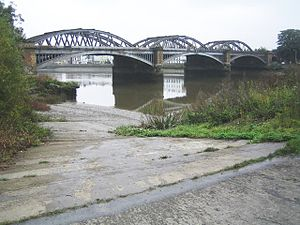 Thames Tradesmen's Rowing Club - Image: River Thames, Barnes Bridge geograph.org.uk 581156