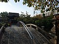 Rokusonnnou shrine on Tokaido Shinkansen side track 02.jpg