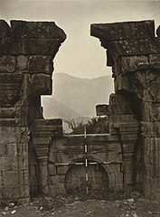 Ruins of Hindu temple at Norwah, Jammu & Kashmir, 1868 photo.jpg