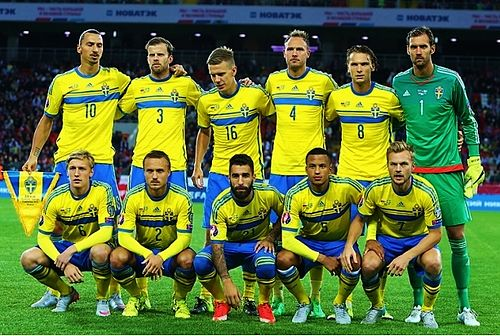 The Swedish team before playing against Russia in 2015 during the Euro 2016 qualifiers