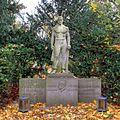 Südfriefhof Köln - Grab Wilhelm Wiemer (8827-29).jpg