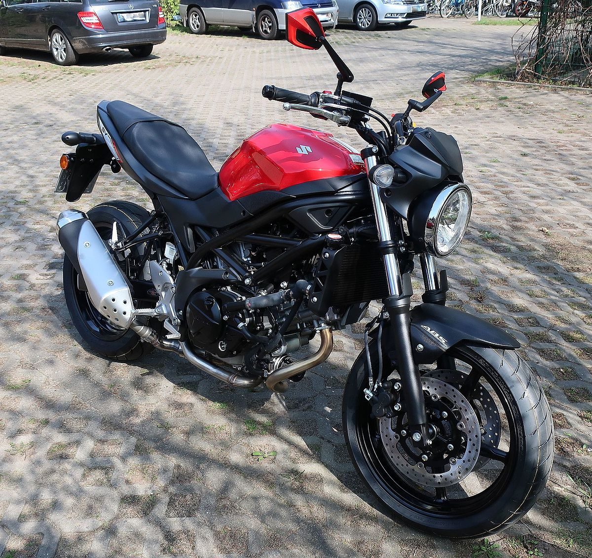 suzuki sv 650 wikipedia. Black Bedroom Furniture Sets. Home Design Ideas