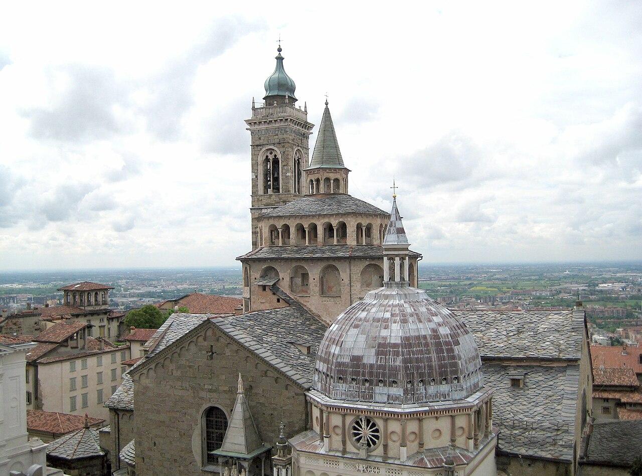 S Maria Maggiore view from Campanone.jpg