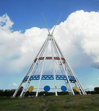 Medicine Hat - Saamis Tepee, installed 1991