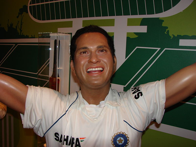 Fil:Sachin Ramesh Tendulkar Wax Statue in Madame Tussauds London.jpg