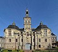 Saint-Amand-les-Eaux (Nord) - Abbaye de Saint-Amand - Anciens pavillons d'entrée - Echevinage - 42473174295.jpg