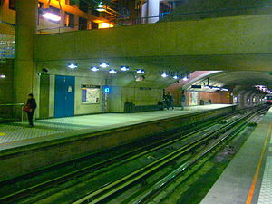 Saint-Michel station (Montreal Metro) - View of St-Michel from the platform.