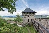 Sankt Georgen am Längsee Burg Hochosterwitz 07 Khevenhüllertor 1582 01062015 4400.jpg