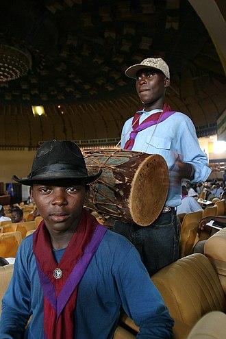 Fédération du scoutisme centrafricain - Scout with drum in Bangui