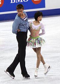 https://upload.wikimedia.org/wikipedia/commons/thumb/9/99/Skate_Canada_2008_Yuko_Kawaguchi_Alexander_Smirnov.jpg/200px-Skate_Canada_2008_Yuko_Kawaguchi_Alexander_Smirnov.jpg