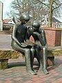 Skulptur Jan u Lili 1 (S H).jpg