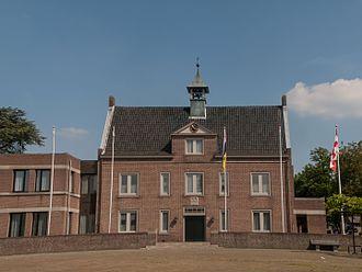 Someren - Image: Someren, het gemeentehuis foto 3 2014 05 18 15.53