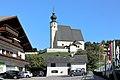 Steinbach am Attersee - Ortszentrum mit Kirche.JPG