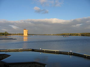 Strathclyde Country Park - Strathclyde Loch, looking north